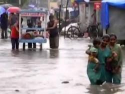 Gujarat Flood In Vadodara Administration Asked For Military Help