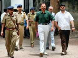 Sohrabuddin Fake Encounter Case Dg Vanzara Granted Conditional Bail By Bombay Hc