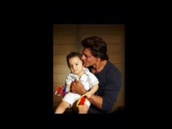 Omg Shahrukh Khan Unveils Abram Pic Twitter Check It Out