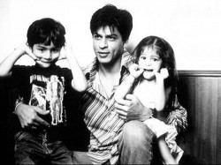 Unseen Pictures Of Shahrukh Khan With Aryan Sunaina Abram Kids