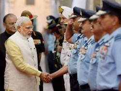 Narendra Modi Meets Armed Forces Chiefs Discuss Border Issue