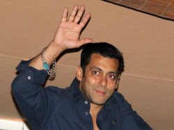 Salman Khan Suffer Setback Supreme Court Sets Aside Rajasthan Hc Order Black Bug Case