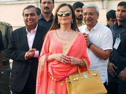 Pics Nita Ambani Performs Ganga Aarti Varanasi On Birthday