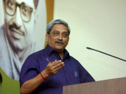 How Modi Convince Manohar Parrikar To Join Cabinet