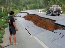 Tsunami Alert After Earthquake Indonesia
