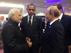 Putin Leaves G20 After Leaders Line Up Browbeat Him Over Ukraine