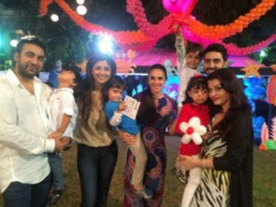 Aishwarya Rai Abhishek Host Aaradhya Birthday Party For Bollywood
