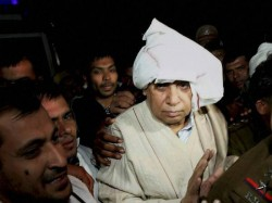 Punjab And Haryana High Court Cancels Rampal S Bail In 2006 Murder Case