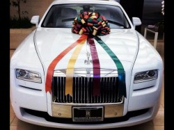 Salman Khan Gifts Brand New Rolls Royce Newly Wed Sister Arpita Khan