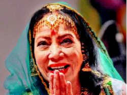 Year Old Kathak Legend Sitara Devi Passes Away Mumbai