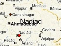 Lacs Looted Nadiad