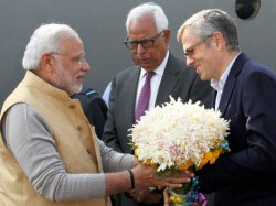 Omar Abdullah Cancels His Foreign Visit After Meeting Top Bjp Leaders