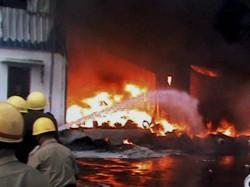 Aap Bjp Workers Clash Delhi Vehicle Set Afire