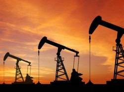 How Oil Price Decrease Could Change Economy And Political Scenario World