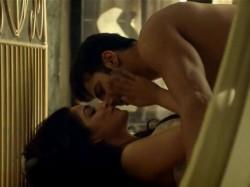 See 10 Hot Pictures Varun Dhawan Yami Gautam From Jee Karda Song Badlapur