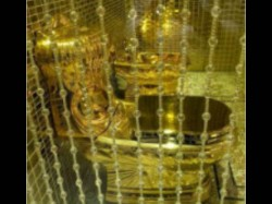 Saudi King Gifts Toilet Made Gold Her Daughter On Her Marriage