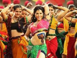Sunny Leone Dances On Dholi Taro For Leela
