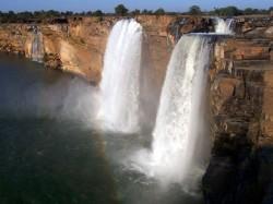 India Tourism Stunning Waterfalls North India