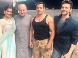 Prem Ratan Dhan Payo Salman Khan Sonam Kapoor On Set