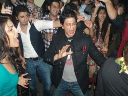 Unseen Inside Pics Shahrukh Khan From Bollywood Parties