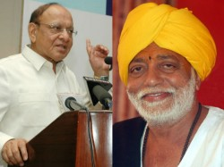 Congress Leader Shankar Singh Vaghela And Morari Bapu Statement About Modi Us Trip