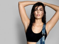 Bigg Boss 9 Contestant Mandana Karimi Hot Photoshoot