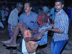 Disturbing Pics Kollam Temple Fire Incident Kerala 028890 Pg