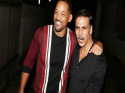 Akshay Kumar Celebrate Rustom Success With Will Smith And Other Stars