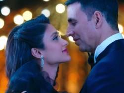 Rustom Film Review Akshay Kumar Ileana D Cruz Esha Gupta