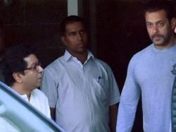 Salman Khan Requests Raj Thackarey Let Ae Dil Hai Mushkil Release