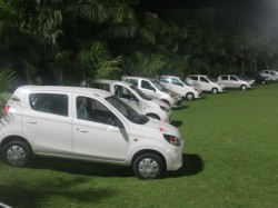 Surat Private Company Gifts Its Employees Car Flats