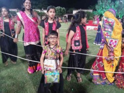 See Photos Of Cute Children Playing Navratri In Ahmedabad