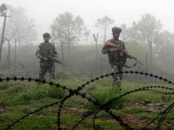 Pakistani Troops Violated The Ceasefire 1 Dead 4 Civilians