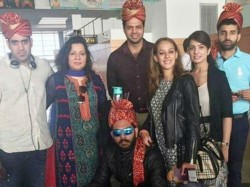 Yuvraj Singh Hazel Keech Have Beach Wedding In Goa Photos