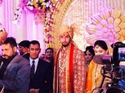 Ms Dhoni Yuvraj Singh At Ishant Sharma Pratima Singh S Wedding