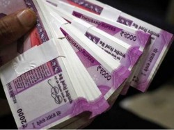 Rbi Said 2 2 Bn New Notes Distributed After Demonetisation