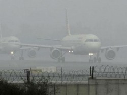International 8 Domestic Flights From To Delhi Delayed Foggy Weather