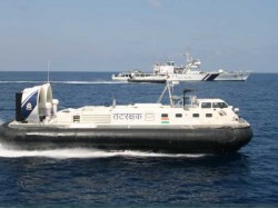 Indian Coast Guard Nabbed 26 Pakistani Nationals Who Were Sa
