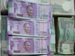 Police Seize 19 67 From Vadodara 15 40 Lakh From Balaghat T
