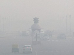 Dense Fog Engulfs Uttar Pradesh Visibility Poor 70 Trains Late 7 Cancelled