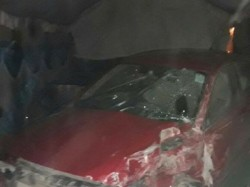 Around 1 30 Am On Sunday Car Hit Night Shelter Lucknow S Dal