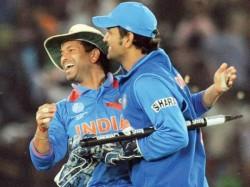 Batting Legend Sachin Tendulkar Joined Cricketers Fans Acros