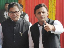 Up Assembly Election 2017 Akhilesh Yadav Released The First List Sp Candidates