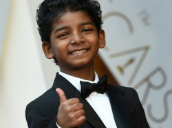 Lion S Child Actor Sunny Pawar Owns Oscars 2017 Red Carpet