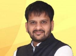 Mehsana One Boy Slap Bjp Leader Dr Rutvij Patel