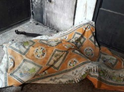 Before Valentine Day Ahmedabad Teenage Girl Burnt Herself Front Of Lover Home