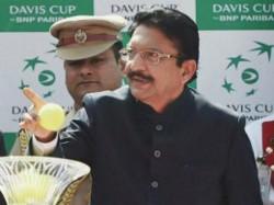 Governor C Vidyasagar Rao Meet Sasikala And Other Legislators