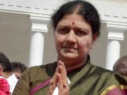Sasikala Likely To Take Oath As Tamil Nadu Cm Crucial Mlas Meet On Sunday
