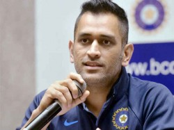 Mahendra Singh Dhoni Jharkhand Team Evacuated Safely From Hotel Fire In Dwarka