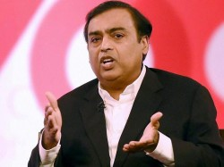 Sebi Bars Reliance Mukesh Ambani From Futures Trading 1 Year